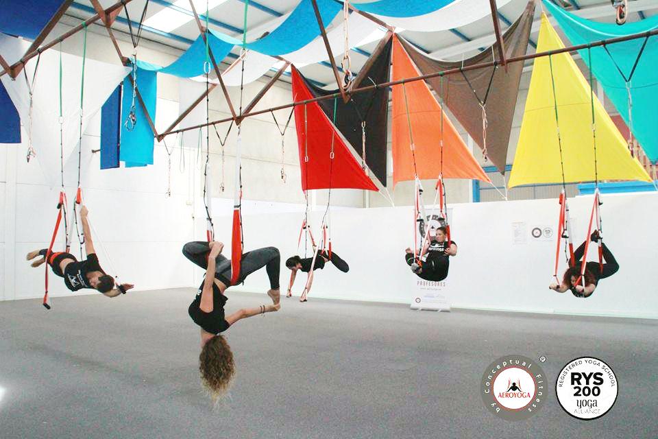 Yoga Aéreo España, Formación Profesores AeroYoga® y AeroPilates® Acreditada Yoga Alliance