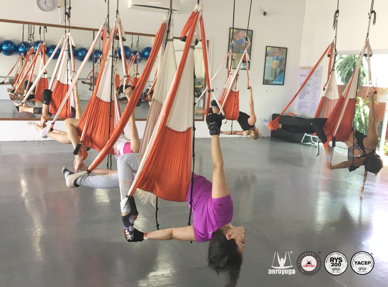 Cancún! Continúa la 16a Formación Mexicana Profesores AeroYoga®!