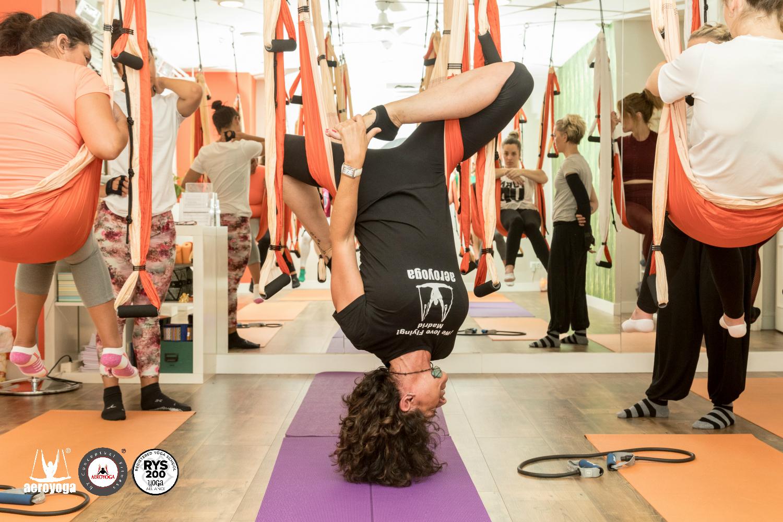 Madrid, Album Work in Progress, con los Futuros Profesores Aero Yoga International