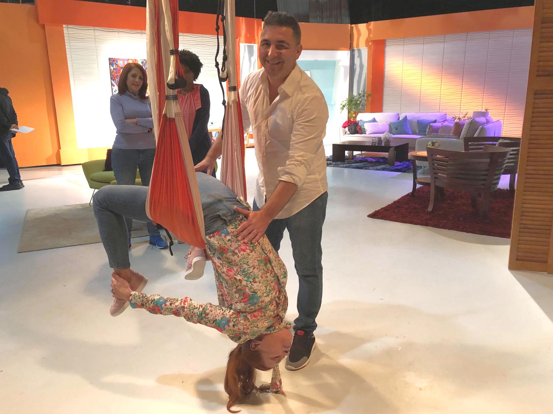 Yoga Aéreo, Método AeroYoga ® de Nuevo en TV