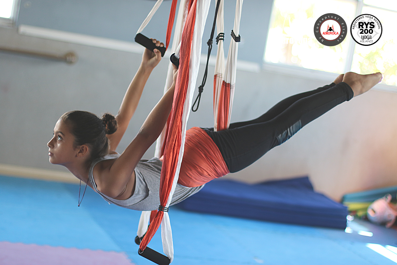 Yoga Aéreo: Formación Profesores AeroYoga ® Kids