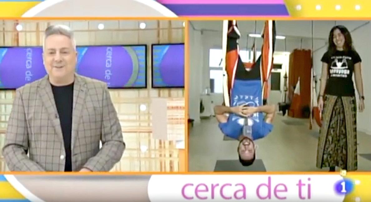 Yoga Aéreo: El Método AeroYoga ® de Nuevo en Televisión