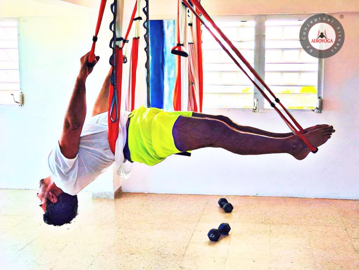 Yoga Aérea, Disfruta de tu Práctica del AeroYoga ® con Rafael Martinez