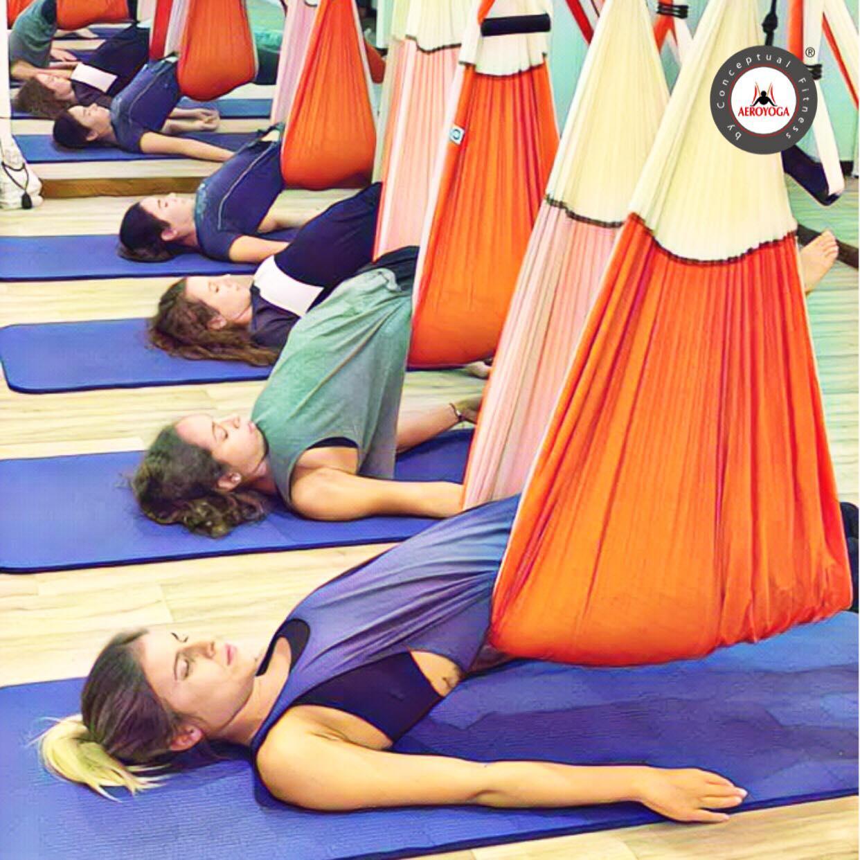 Yoga Aéreo: Ejercicio del Puente Aéreo Nivel 1 con AeroYoga ® Institute