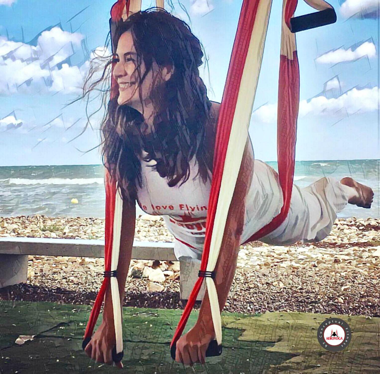 Formación Yoga Aéreo: Descubre la Video Entrevista con Nayeli Dainzu, México DF