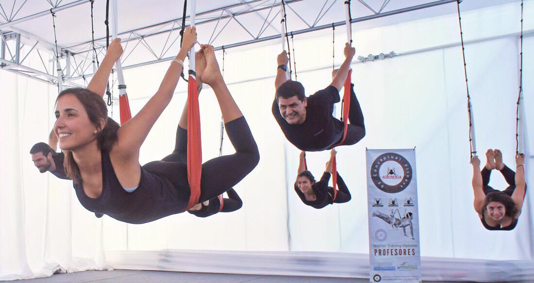Formation Enseignants Yoga Aérien: Découvrez les Bienfaits Santé AeroYoga ®