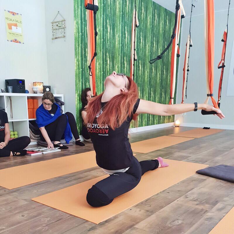 Certificación Yoga Aéreo. Formación Profesores AeroYoga ® y AeroPilates® en Madrid, España