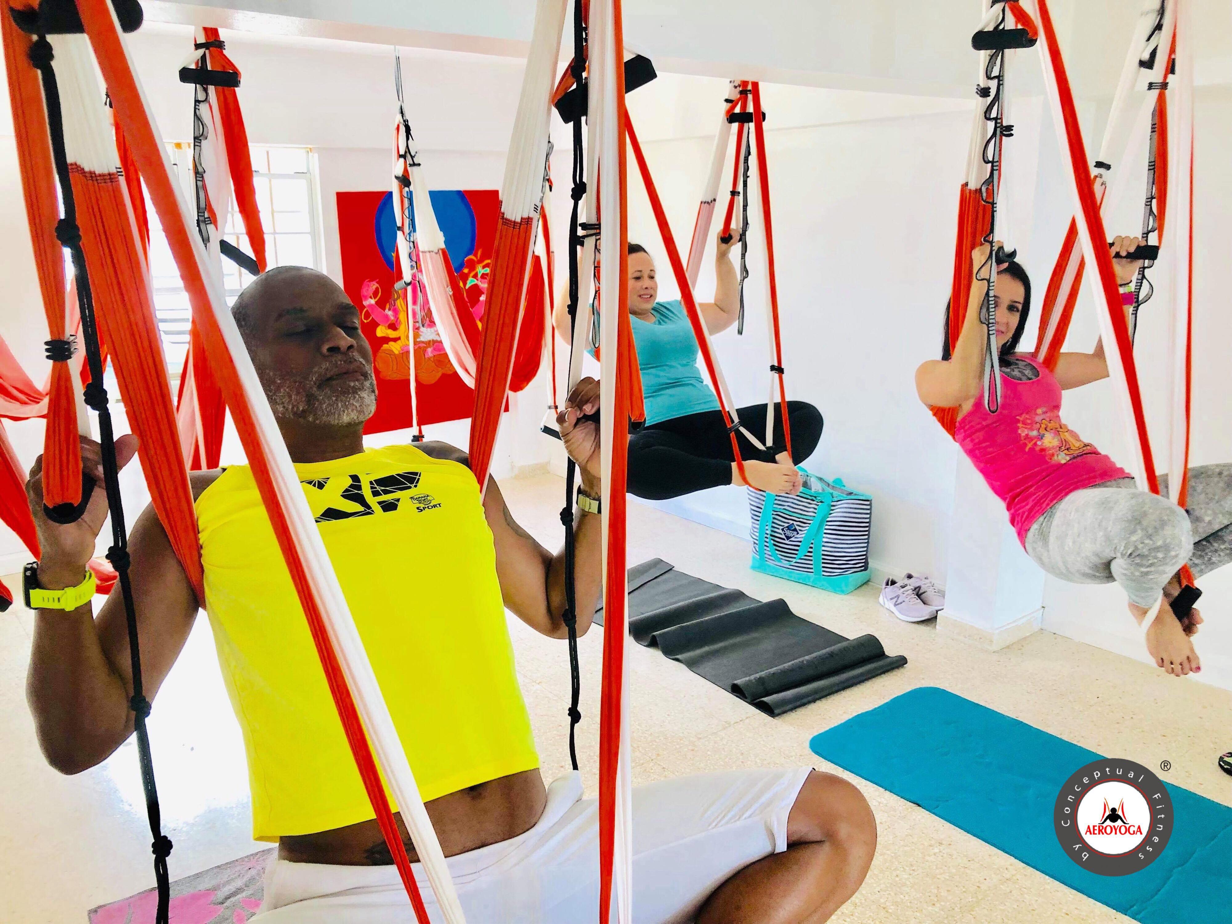 Yoga Aéreo Puerto Rico, Descubre las Experiencias AeroYoga®, Ejercicio, Nutrición y Salud