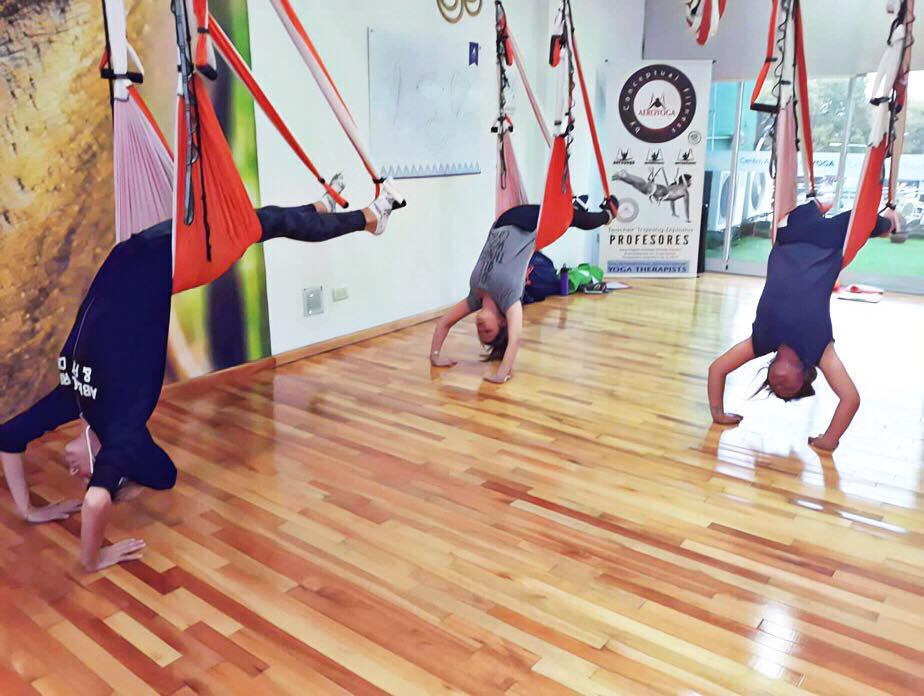 Formación Yoga Aéreo, Continúa en Argentina la Acreditación Aérea de Profesores AeroYoga ®