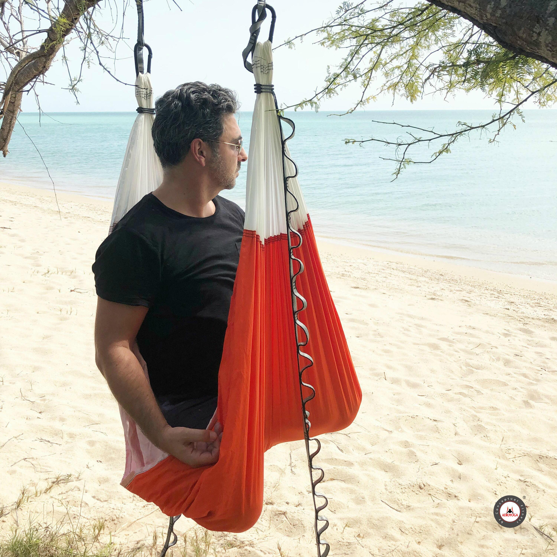 Certificación Yoga Aéreo, 5 Beneficios Salud y Bienestar de la Meditación Aérea con AeroYoga®