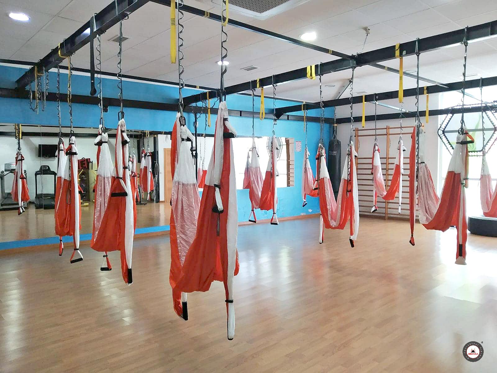 Certificación Yoga Aéreo, La Vuelta al Mundo del AeroYoga ®, Hoy con Vanessa Lozano, España
