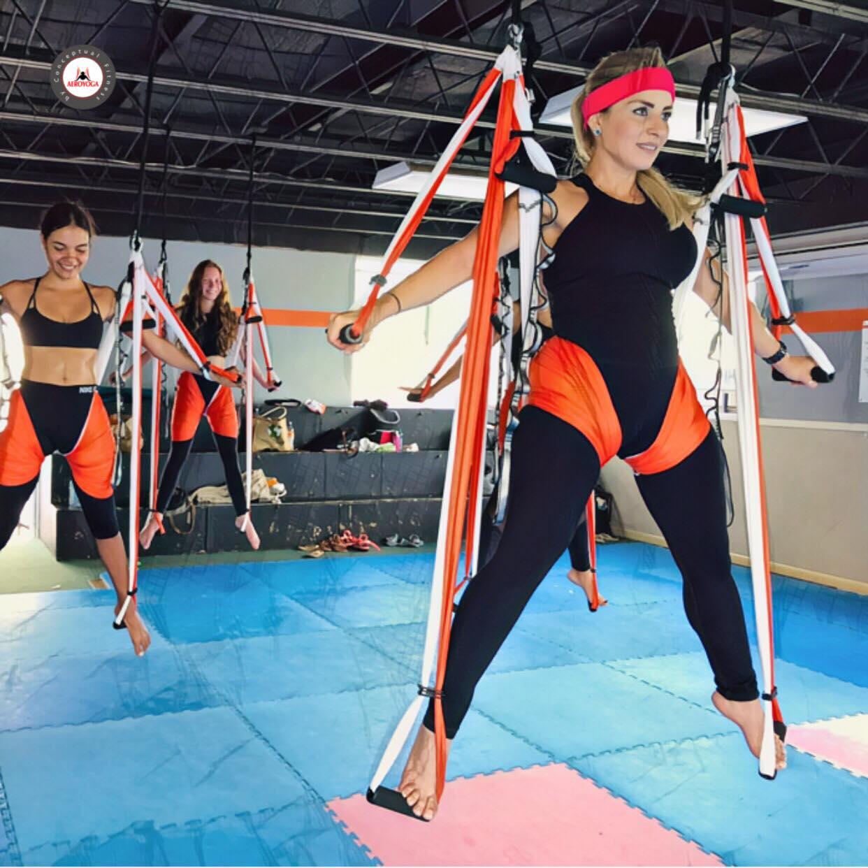 Certificación Yoga Aéreo, Puerto Rico, AeroYoga ® Teacher Training