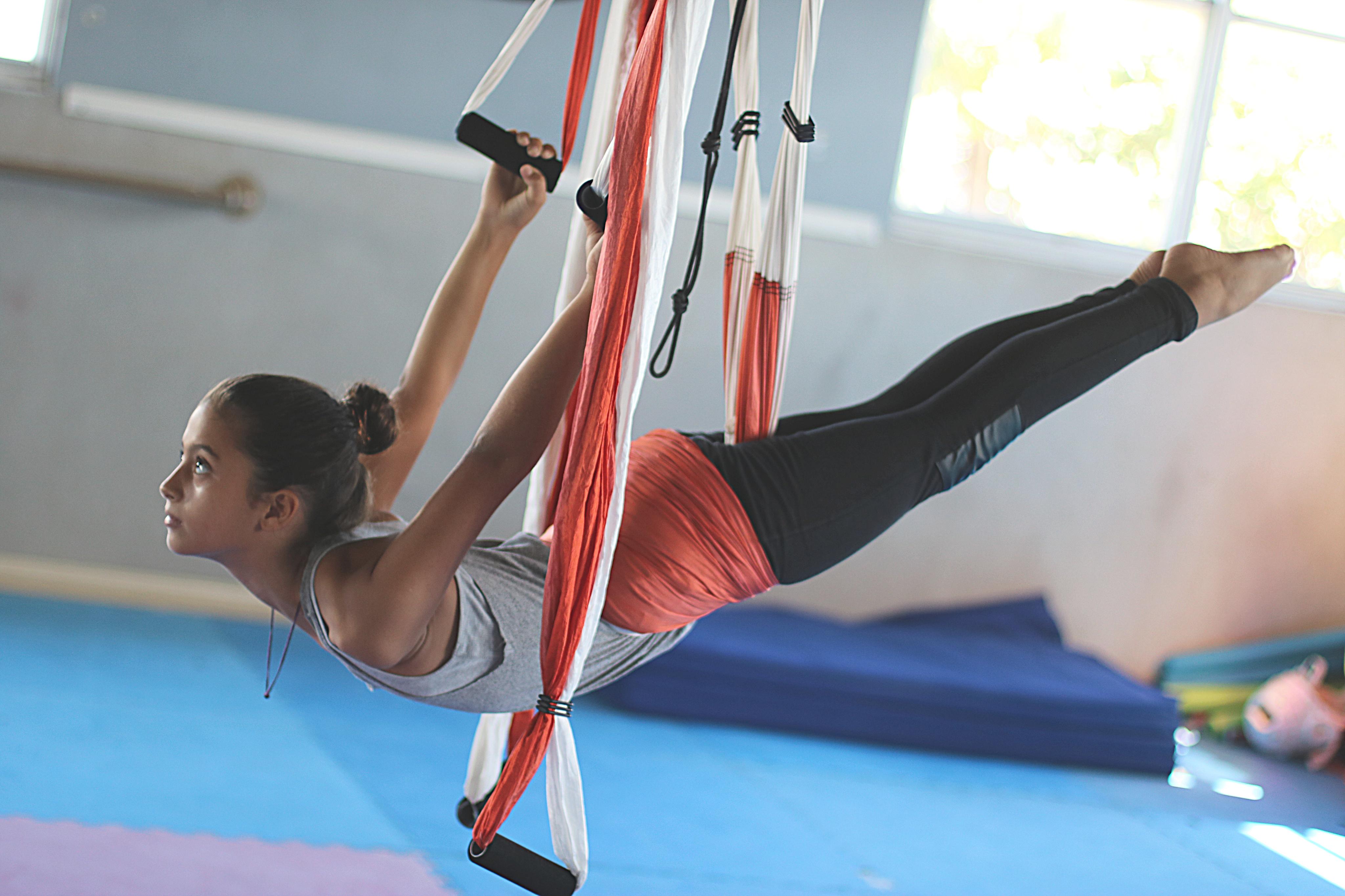 Formación AeroYoga ® Kids, Certificación Profesores Yoga Aéreo para Niños