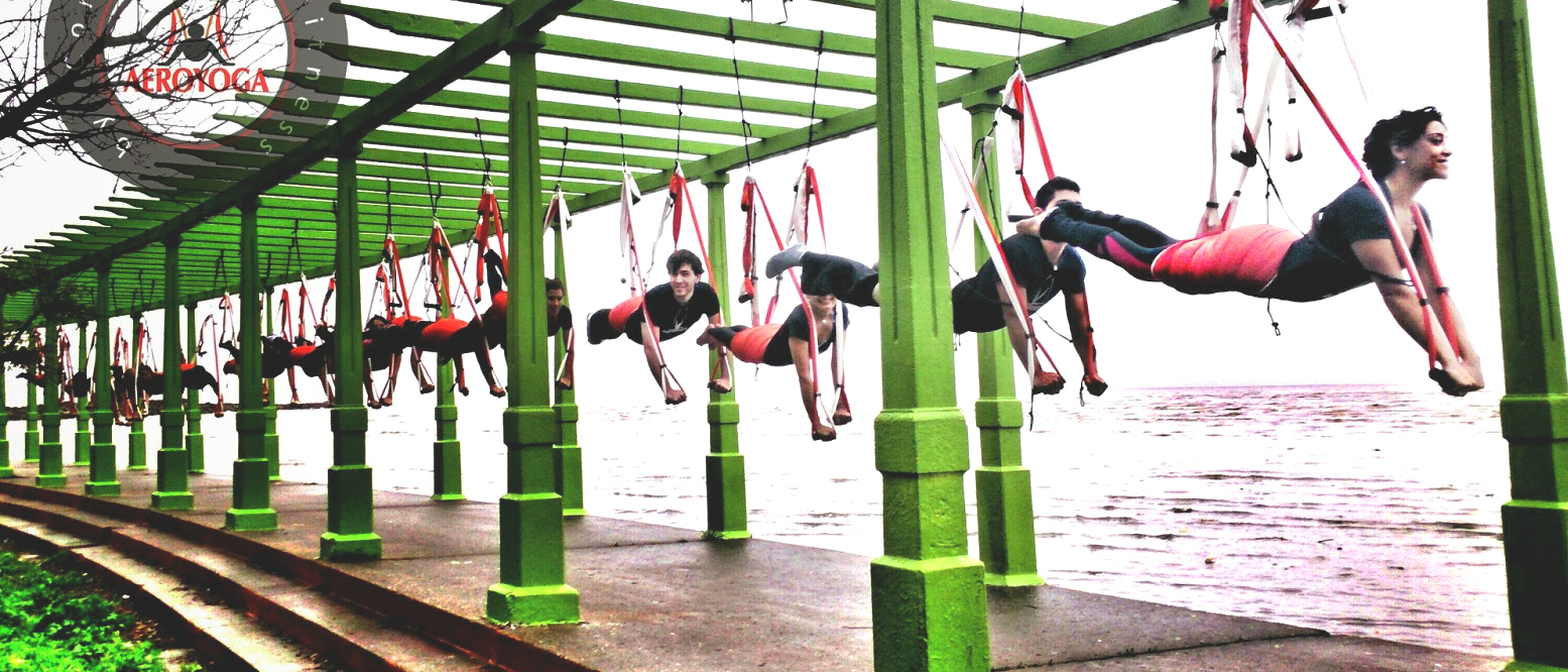 Formation Yoga Aérien, en Stage ou en Ligne, AeroYoga ® à Vous de Choisir!