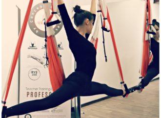 Aerial Yoga Brasil, Descubra Hoje a AeroFitness, Condicionamento físico e Meditação.