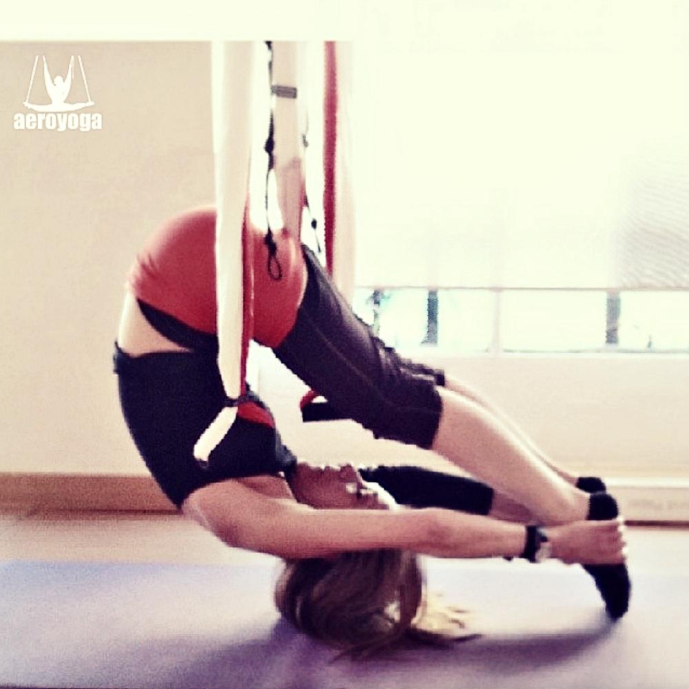 Formación Yoga Aéreo España, Modalidades Presencial y Online con AeroYoga ® Institute
