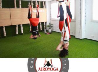 Una Clase de Yoga Aéreo desde el AeroYoga® Institute, Vídeo