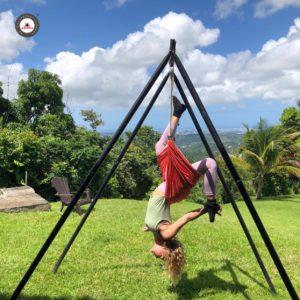 clase aero yoga acrobático