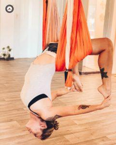 formación profesores yoga aéreo