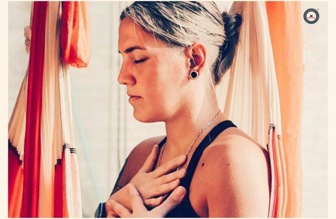 Clase Yoga Aéreo, Charla en Directo con Dominique Fragnaud, Caso de Éxito, Lunes 4 Mayo