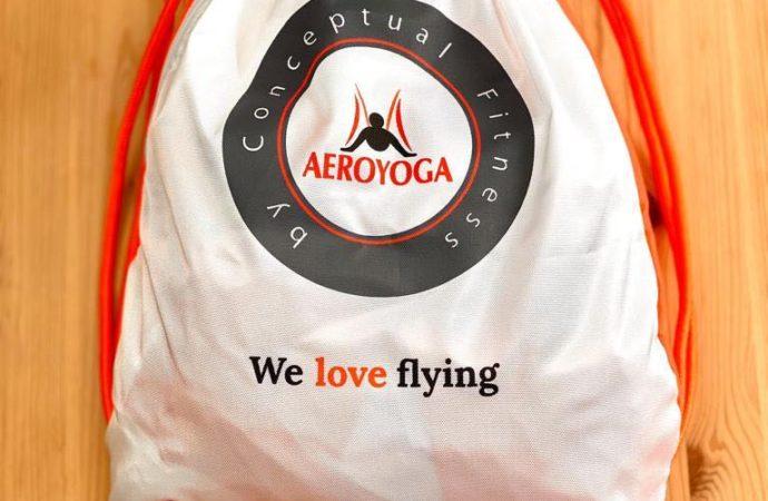 Ahora es el Momento de Formarte desde Casa con AeroYoga ® International, Te llevamos el columpio a Casa
