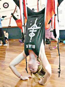 formación yoga aéreo Santiago de Chile