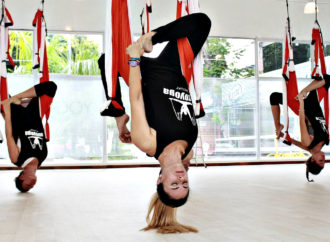 Rafael Martínez Charla en Directo con Paloma Tami de Yoga Urbano, AeroYoga ® Paraguay por el Insta Live de @aeroyoga_puertorico