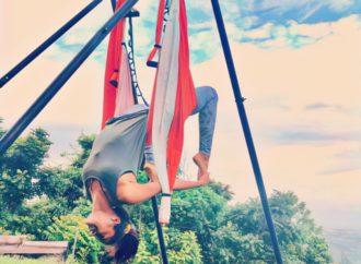 Aerial Yoga Puerto Rico, Clases Yoga Aérea con el Método AeroYoga ® International en la Casa de la Ceiba