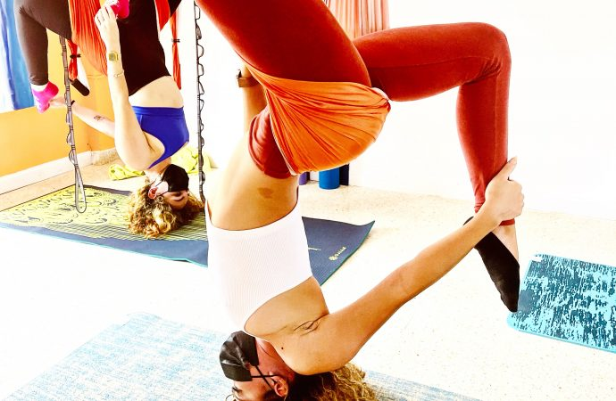 Clases Yoga Aéreo: Adelgazar con AeroYoga ® es Posible! Perder Peso, Ejercicio